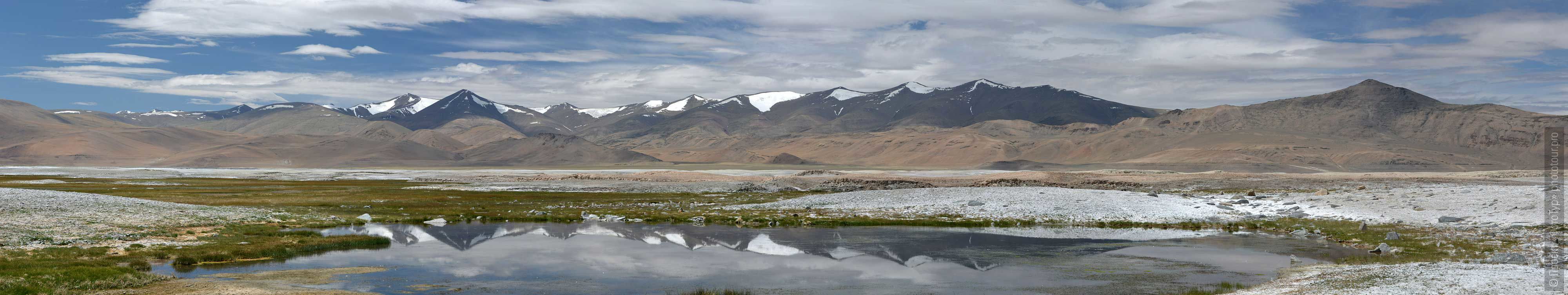 Lake Tso Kar, Ladakh. Tour Tibet Lakeside Advertising: Alpine lakes, geyser valley, Lamayuru, Colored Mountains, 01 - 10.09. 2021 year.